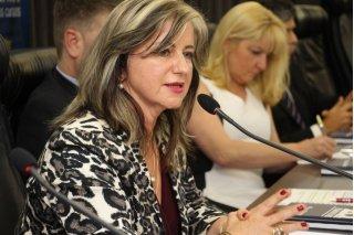 ACIST SL - Associação Comercial, Industrial, de Serviços e Tecnologia de São Leopoldo - Advogada Rosângela Herzer dos Santos palestra sobre a Previdência